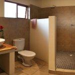 Rose's Room - Bathroom