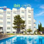 Piscine de l'ibis styles accessible aux résidents de l'ibis