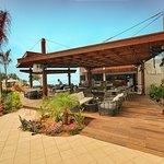Kyma Pool Bar