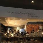 صورة فوتوغرافية لـ J. Baldwin's Restaurant