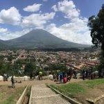 Vista de Antigua Guatemala desde la cruz