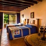 Jr. Suite con 2 camas matrimoniales / Jr. Suite with 2 double beds