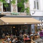 Terras & ingang Café Falstaff
