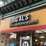 Big Al's Burgers and Dogs照片