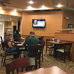 Best Western Plus Inn Dining Room w/ TV