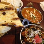 2 Curries, rice and Naan
