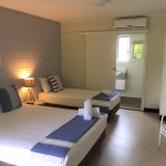 Twin Share: 1 queen & 1 single bed +  bathroom (shower)
