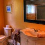Foto de Birds of a Feather Ocean Lagoon Bed & Breakfast & Vacation Rental