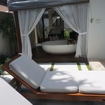 Pool villa with outdoor bathroom