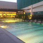 Foto de Holiday Inn & Suites Makati