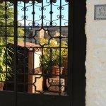 Entrada Restaurante, a las terrazas se accede por todas las puertas.