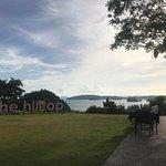 The Hilltop Foto