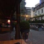 Restaurant außen und Innenhof