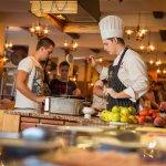Reštaurácia Jasná - bufetové raňajky - live cooking