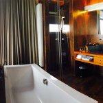 Photo de The Seven Hotel