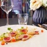 """Entrée """"Tataki de thon et foie gras"""" au Quai 38"""