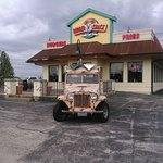 Burger Shack, check out the jeep!