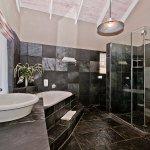 Honeymoon suites open plan bathroom