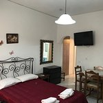 Photo de Atalos Apartments & Suites