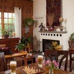 Room for Small Meetings & Retreats at Arrowhead Inn