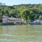 Photo of Fischwirtshaus Landmotel  Die Donaurast
