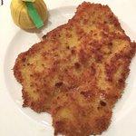 "Wiener Schnitzel im 'Casse-Croûte"""