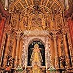 Altar Mayor con la virgen de la Esperanza