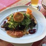 Vorspeise Salat mit Ziegenkäse