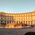 Foto di Piazza della Repubblica