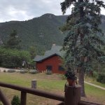 Photo de Rocky Mountain Lodge & Cabins
