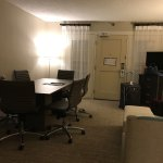 Photo de Embassy Suites by Hilton Indianapolis - North