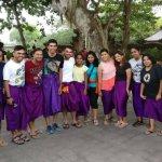 Group pic at Uluwatu Temple