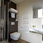 Salle de bain de la chambre 33 (triple)