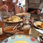 Le couscous servi à table.