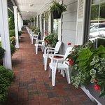 Azalea Garden Inn Photo