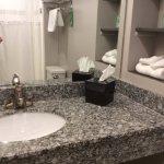 Foto de The East Avenue Inn & Suites
