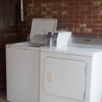 Coin Laundry Facilitie
