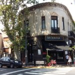 Fica em cima do restaurante maravilhoso La Cabrera