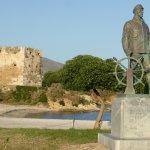 """Le monument du marin disparu et le fort vénitien du XVe siècle """" le bourtzi"""""""