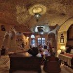 Photo de Urgup Evi Cave Hotel