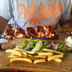 Photo de Dionysos Taverna Restaurant