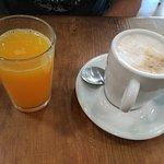 Zumo y café
