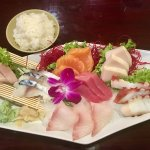 Sashimi deluxe - so pretty!
