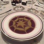 Two flavour veloute of red cabbage and cauliflower