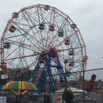 Photo de Deno's Wonder Wheel Park