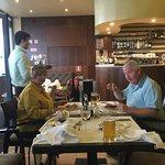 Photo de Leeno's Bar & Restaurant