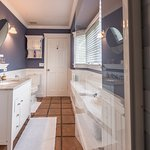 Nantucket Spa Bathroom