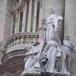 hermosas esculturas de la fachada