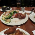 pollo con vegetales grillados