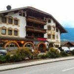 Photo de Tyrolis Hotel
